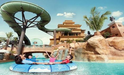 Aquaventure Water park in Dubai