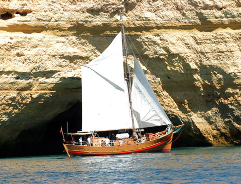 Algarve Boat Cruises- Leaozinho Pirate Ship Cruise
