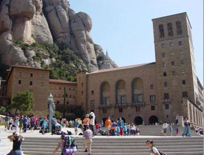 Barcelona To Montserrat Tour