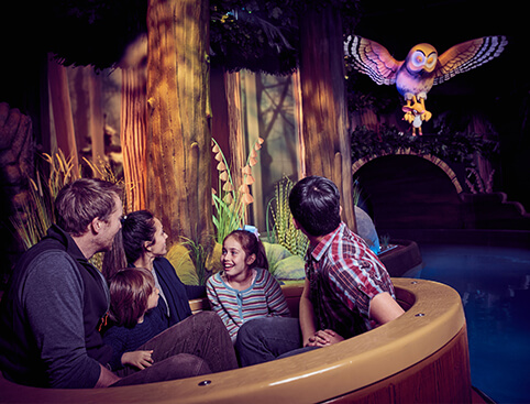 Chessington World of Adventures- Dragon's Fury Rollercoaster
