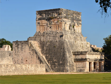 Classic Chichen Itza Ruins Tour- The Mayan Astronomy Observatory