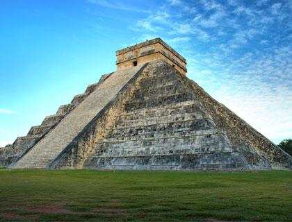 Classic Chichen Itza Ruins Tour- Pyramid of Kukulcan