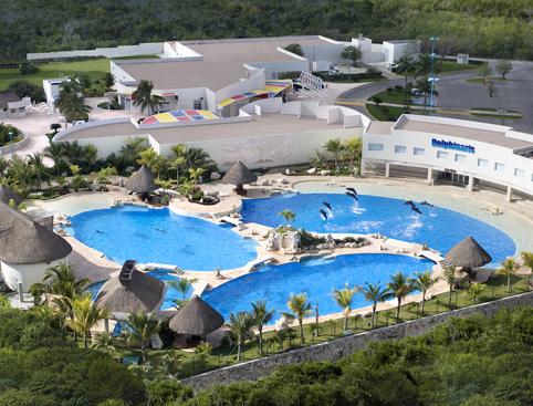 Chichen Itza, Swim With Dolphins & Wet 'n Wild