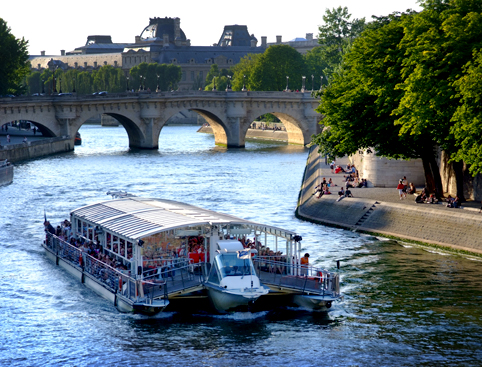 Parisiens Early Evening Cruise