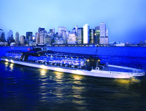 Boat Cruise New York Manhatten Skyline