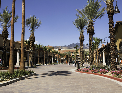 Palm springs outlet shopping attractiontix for Shopping in palm springs ca
