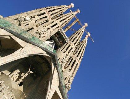 Barcelona City and Pueblo Tour