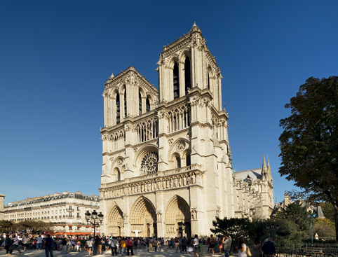 Paris Panoramic Bus Tour and Eiffel Tower Visit