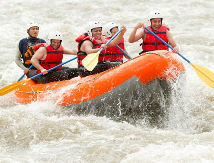 Rafting in Side- Rafting in River
