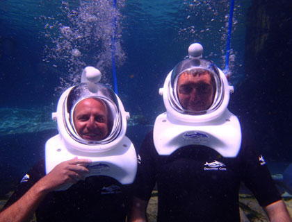 SeaVenture at Discovery Cove- Guests Wearing Dive Helmets