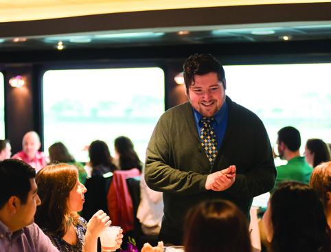 Waiter service dinner cruise new york