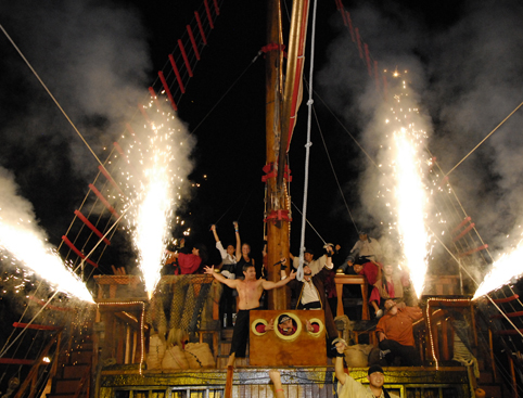 Theme Parks The Last Pirate Jolly Roger Cruise - From Cancun