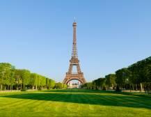 Essential Paris
